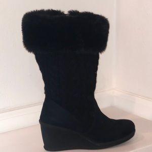 Women's Size 6.5M Decree Black Wedge Boot